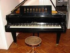 Klavir Marke J Skop