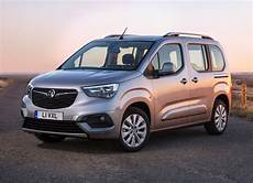 vauxhall combo 2018 photos parkers