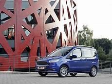 ford tourneo courier 1 0 ecoboost 100ch titanium fiche technique ford tourneo courier 1 0 ecoboost 100ch titanium l argus fr