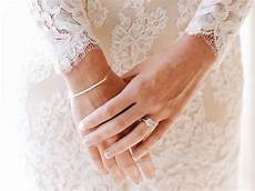 ring finger what does wedding and engagement ring go