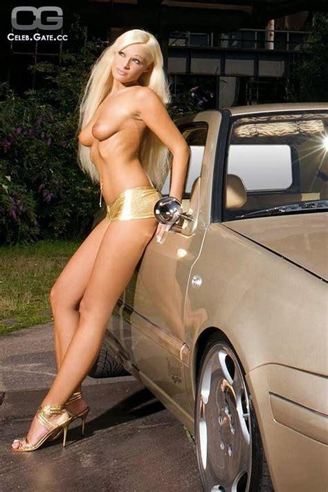 Lisa Bonet Nude Picture Gallery