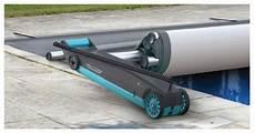 enrouleur electrique bache piscine barre enrouleur rolltrot motoris 233 pour bache piscine a barres