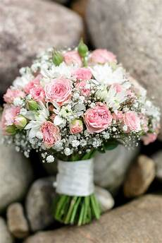 weiße blumen hochzeit ein wundersch 246 ner strau 223 in rosa wei 223 in 2019