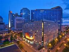 book doubletree by nashville downtown nashville hotel deals
