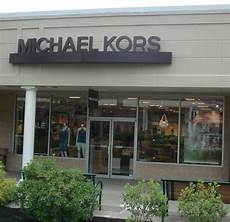 michael kors opens at the crossings premium outlets