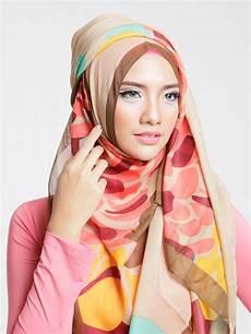 Koleksi Jilbab Zoya Terbaru Segi Empat 2017 1000 Jilbab