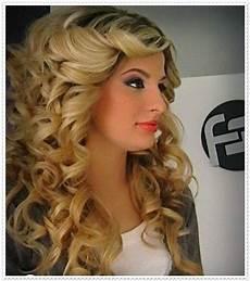 frisuren lange lockige haare 2015