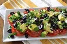 Gesund Kochen Rezepte - avocado and tomato salad recipe dishmaps