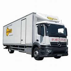 location d un camion 60m3 hayon mercedes antos locabest