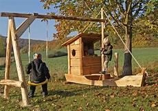 schaukel für garten almh 252 tte naturholz manufaktur spielger 228 te hinterhof