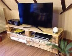 Tv Möbel Paletten - sideboard tv regal aus aufbereiteten europaletten mit