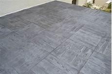 Beton Decoratif Pour Terrasse Exterieure R 233 Novation D Une Terrasse Et D Un Escalier En B 233 Ton