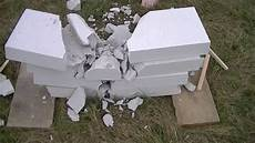 plaque de beton cellulaire casse d une plaque de b 233 ton et de 4 blocs de b 233 ton