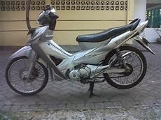 Modifikasi Revo 2007 by 10 Foto Modifikasi Motor Honda Revo Paling Keren Daerah