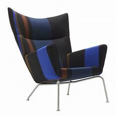 Design Stuhl Klassiker - paul smith upholsters hans j wegner chairs in his