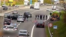 A1 Hamburg Unfall Mit Tanklastzug 6 Km Stau 06 04 2017