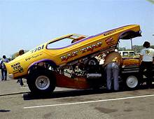 Photo Rat Trap Mustang 3  71 73 Funny Cars Album