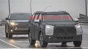 Toyota Highlander Spied Out Testing With RAV4 Styling