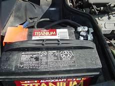 automotive repair manual 1988 porsche 924 security system how to disconnect battery on a 1988 porsche 911 porsche 911 engine removal 911 1965 89 930