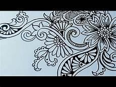 Seni Menggambar Bunga Ornamen