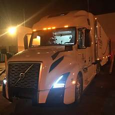 2020 volvo big truck volvo vnl 860 on instagram volvo vnl 760 2020