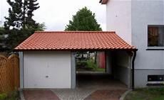 Garage An Garage Anbauen by Einfache Carports Bestehen Aus 4 Pfosten Und Einem Dach