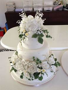 How To Make Sugar Flowers For Wedding Cakes