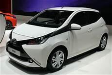 Toyota Aygo Automatik - toyota aygo automatik x shift getriebe modell 2018