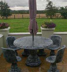 round 48 quot table with 4 classic seats wexford stone crafts