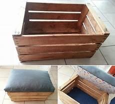 caisse rangement bois ikea transformer une caisse en bois en coffre 192 jouets ou pouf