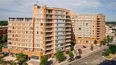 Vista Apartments Arlington Va by The Reserve At Clarendon Centre Apartments In Arlington