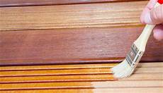 lasiertes holz ölen oberfl 228 chenbehandlungen und pflege massivholz m 246 beln