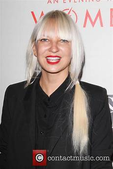 mysterious sia reaches first billboard no 1 with 1000 forms of fear contactmusic com
