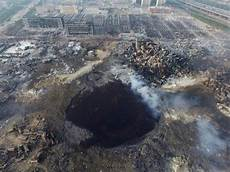 Tianjin China Explosion - tianjin explosion crater left by factory