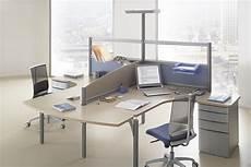 mobilier de bureau informatique le call center un agencement d 233 multipli 233 des postes de