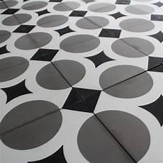 destockage carreau ciment carreau ciment cross carrelage ciment r 233 tro motifs d 233 cors