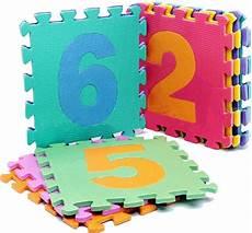 tappeto puzzle per bambini ikea giochi per bambini attenzione ai tappeti puzzle sono