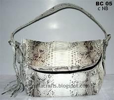 tas kulit ular phyton souvenir kulit dan kulit sintetis tas kulit ular original color