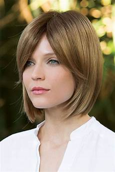 layered short haircuts for with fine hair