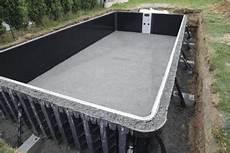construire soi meme sa piscine construire sa piscine soi meme en kit jardin piscine et