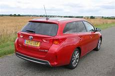 toyota auris touring sports review 2013 parkers