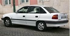 1993 opel astra f classic 2 0i 115 hp technical specs