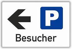 Parkplatzschild Quot Besucher Quot Wei 223 Pfeil Links