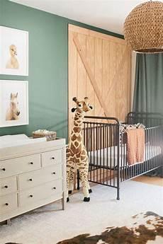 adopter la d 233 coration jungle pour la chambre de b 233 b 233