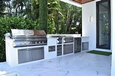 Kitchen Grill Miami by Outdoor Kitchens Luxapatio