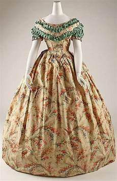 1860 gown the ole days en 2018