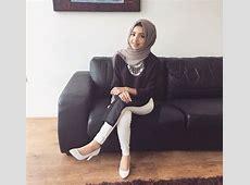 Hijab white jeans outfit   Muslim fashion outfits, Hijab
