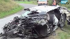 Tödlicher Unfall - t 246 dlicher unfall auf der a44