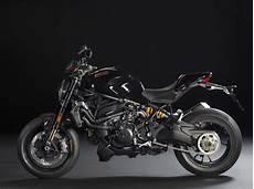Ducati 1200 R Powerfully Asphalt Rubber