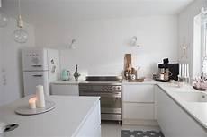 Küche Weiß Modern - kueche weiss modern ideen wohnkonfetti